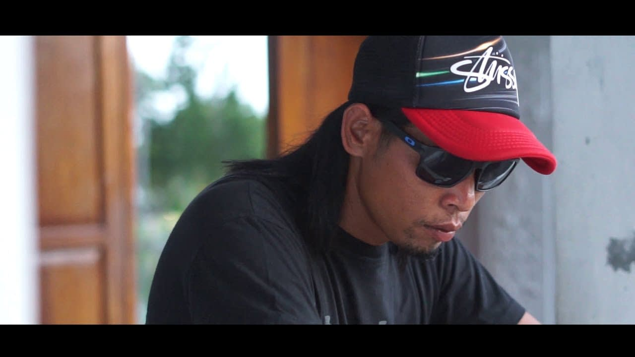 Arjun Dewata - Nyalanang Hobi (Official Music Video)